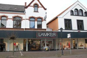 Lamker, Melle