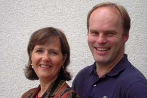 """Führen das """"Ideenreich für schönes Wohnen"""" im österreichischen Taufkirchen: Hans Auinger und seine Frau Anita."""