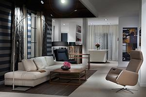 """Mit ihrer Wohnmarke """"Kontraste"""" positionieren sich die Kesslers zwischen einem normalen Raumausstatter und reinen Einrichtungshäusern."""