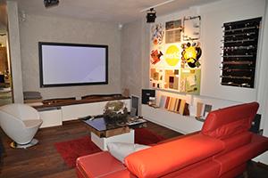 Die Ausstellung von Werk 9 zeigt alle Wohnbereiche, von Küche und Bad bis zu Schlaf- und Wohnzimmer.
