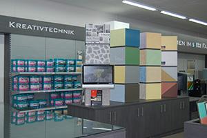 Farben gehören zur Kernkompetenz im Setta-Fachmarktkonzept. Sie bilden mit Tapeten eine Einheit als Profit-Center.