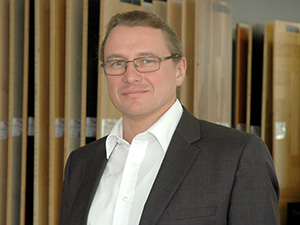 Hirsch Boden-Decke-Wand
